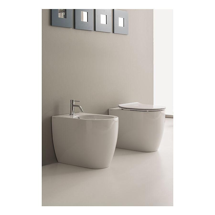 Scarabeo Moon Gulvstående toalett 545x360 mm Hvit