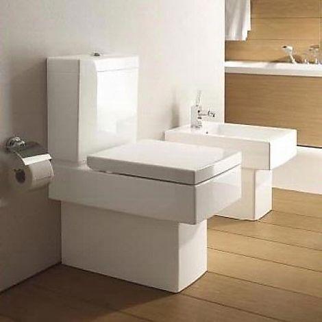 #100108 Duravit  Duravit Vero Golvstående toalett Med cistern och mjuktstängande sits, WG